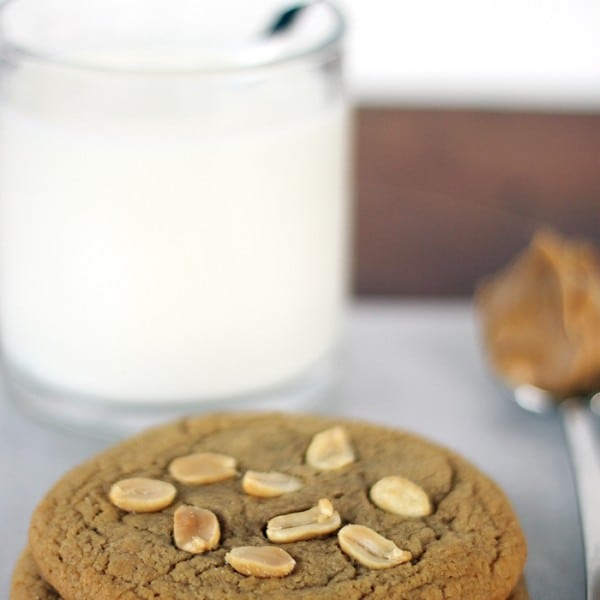 bake-two-peanut-butter-cookies