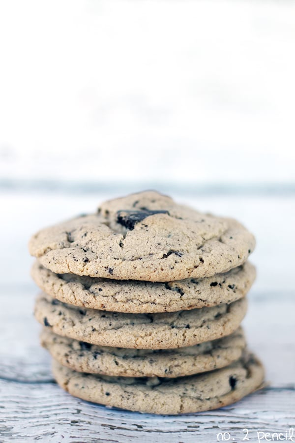 Oreo Pudding Cookies, the warm chewiness of a freshly baked chocolate ...