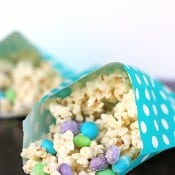 White Chocolate Popcorn Munch 2
