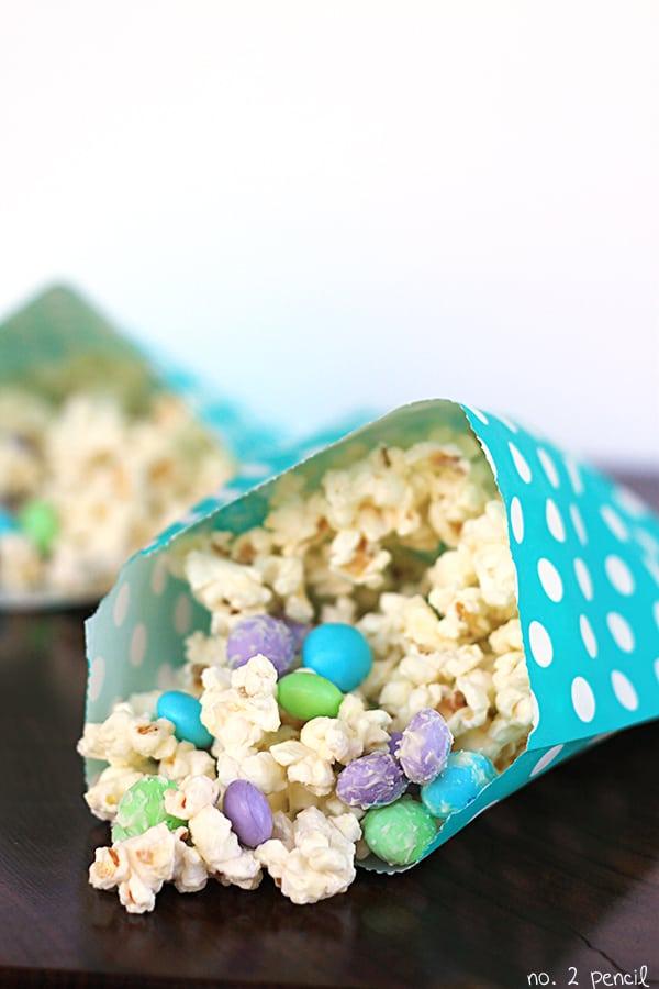 White Chocolate Popcorn Munch 2