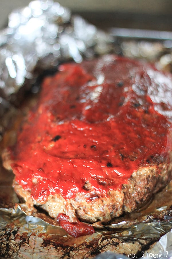 Slow Cooker Meatloaf - tips and tricks for an amazing meatloaf in the slow cooker!