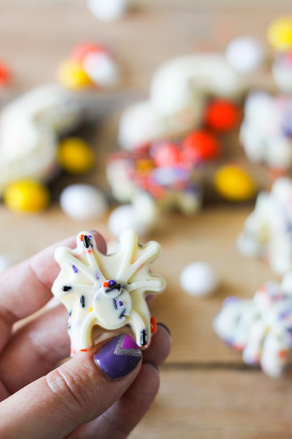 White Chocolate Spider Bark Bites for Halloween