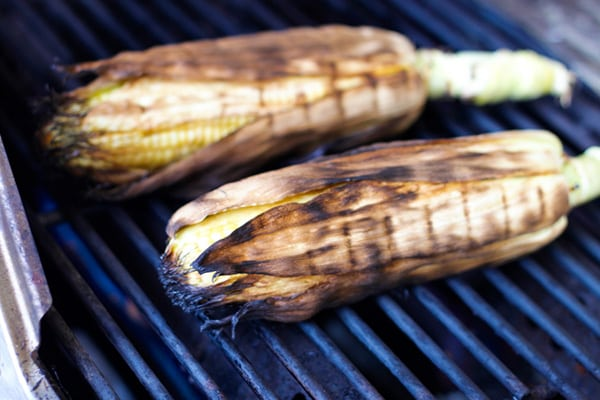how to make roasted corn on the grill