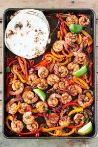 sheet-pan-shrimp-fajitas_-6
