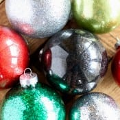 diy-glitter-ornament-for-christmas-9