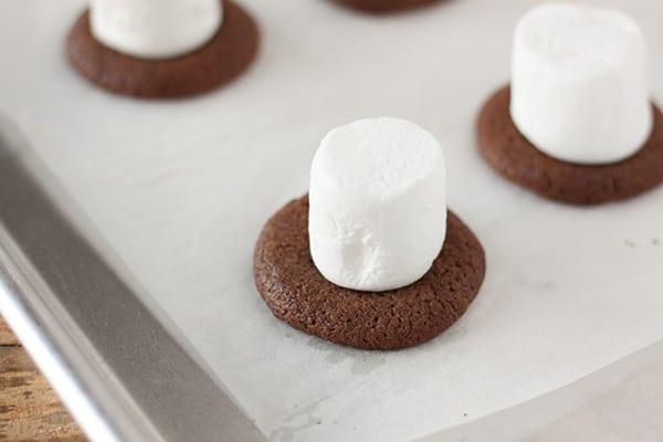 snowman-top-hat-christmas-cookies-13
