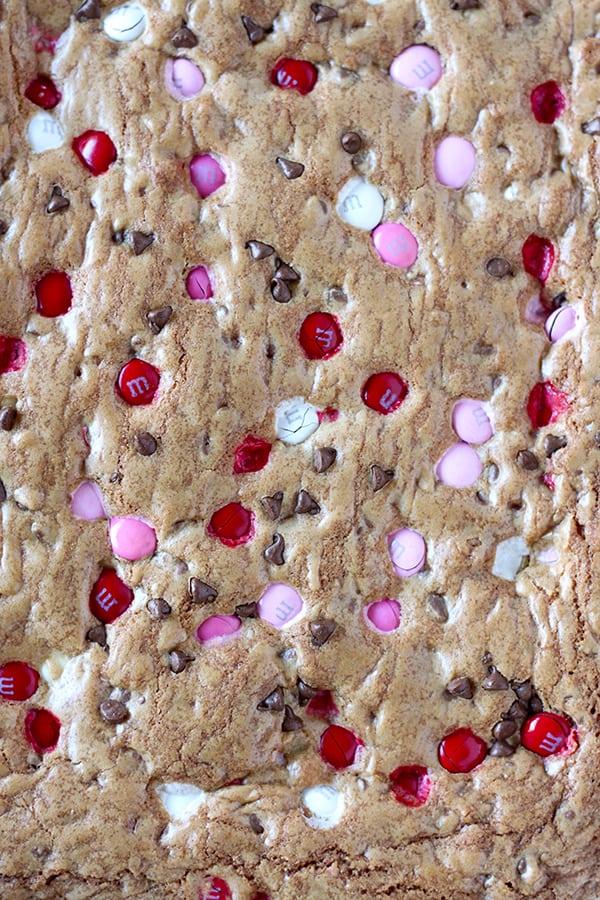 M&M'S Valentine's Day Cookie Bars