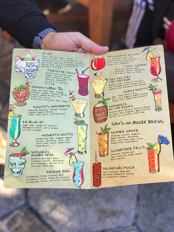 29 Delicious Things to Eat and Drink at Disneyland-19