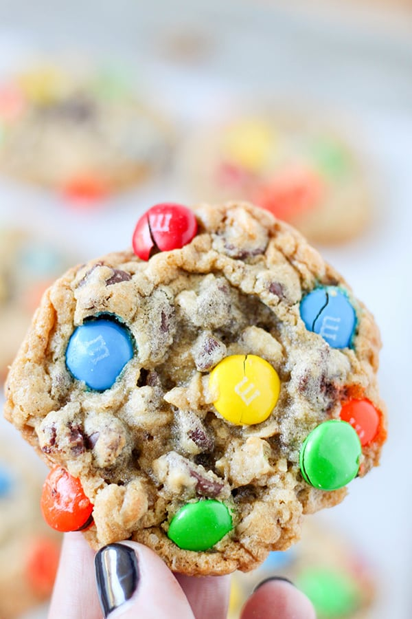 Oatmeal Chocolate Chip M&M'S Cookies-10