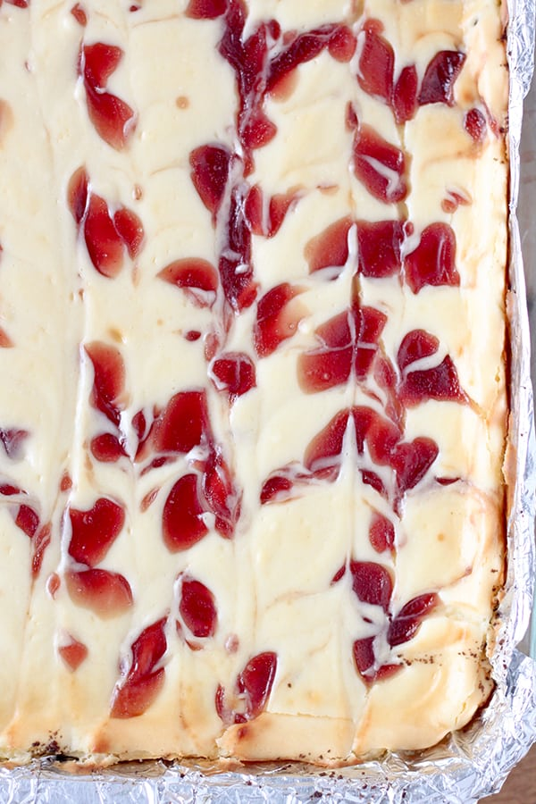 Strawberry Cheesecake Bars-2