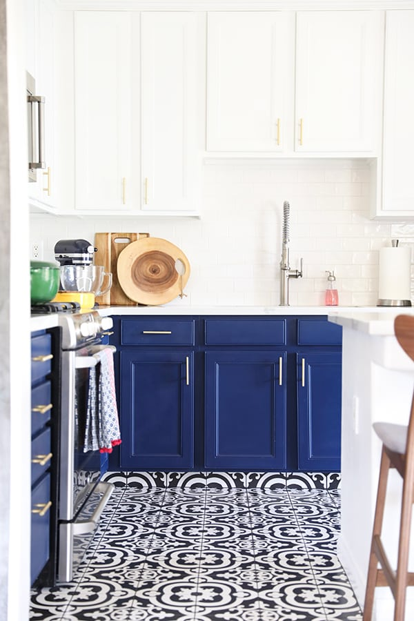 Navy Blue Kitchen Cabinets, Black And White Tile Floor And Gold Kitchen  Cabinet Hardware