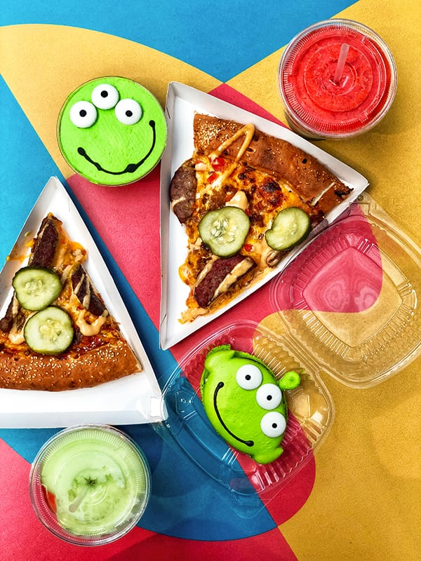 Pixar Fest at Disneyland is happening now through September 3rd and Disneyland has really gone all in on the unbelievably cute Pixar Fest Food.  From lunch at Alien Pizza Planet to UP Funnel Cake Fries and Monsters University Whoopie Pies, the Pixar Fest Food is both delicious and totally Instagram worthy!
