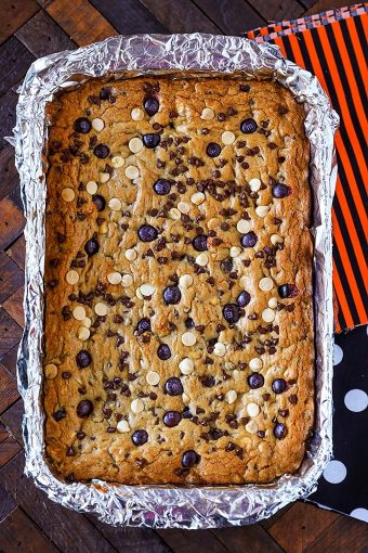 M&M's Halloween Cookie Bar Recipe