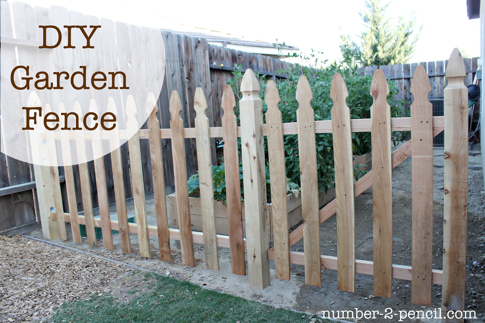 Build an easy diy garden fence no 2 pencil for Diy fence gate designs