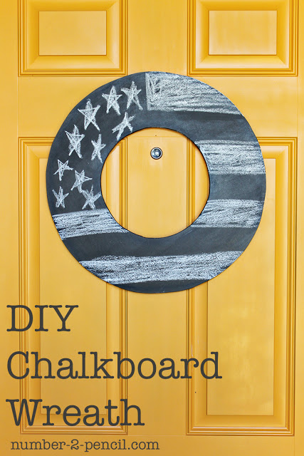 DIY Jigsaw Chalkboard Wreath