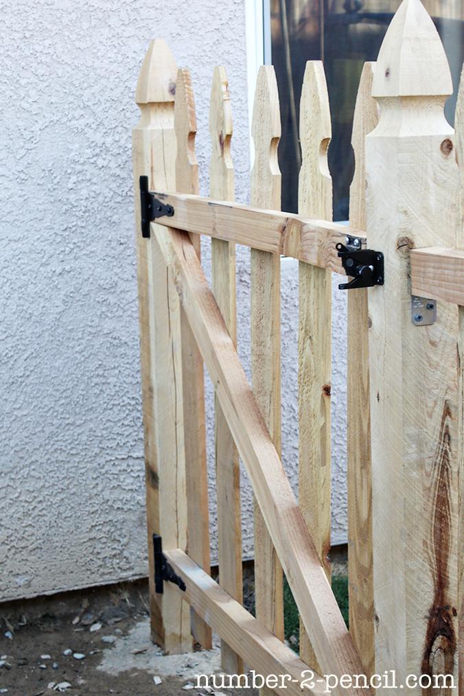 Build an easy diy garden fence no pencil